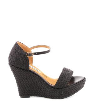 5b500ae33805 ➤ Černé sandály na platformě MARIA MARE - Levná i značková obuv